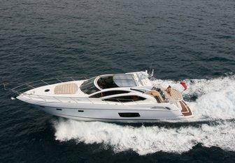 La Bellini yacht charter Sunseeker Motor Yacht