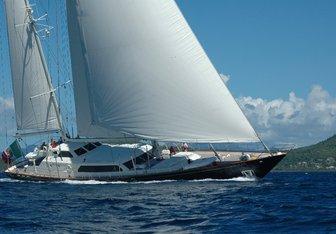 La Numero Uno Yacht Charter in Flores