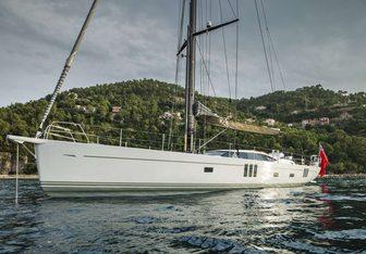 Graycious yacht charter Oyster Yachts Motor/Sailer Yacht