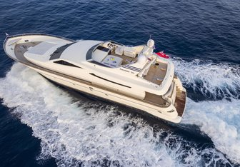 Gorgeous yacht charter Canados Motor Yacht