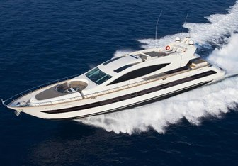 Toby yacht charter Cerri Cantieri Navali Motor Yacht