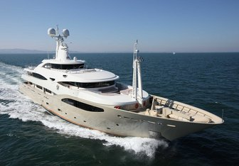 Light Holic Yacht Charter in Spain