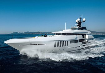 Ouranos Yacht Charter in Aegean Islands