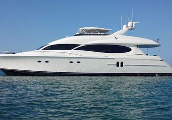 Always Barefoot yacht charter Lazzara Motor Yacht