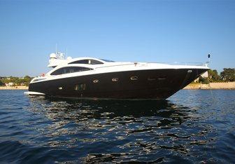 Firecracker yacht charter Sunseeker Motor Yacht