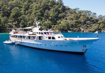 Alhambra yacht charter Feadship Motor Yacht