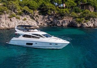 IMOLYAS yacht charter Sunseeker Motor Yacht