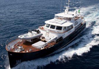 Persuader yacht charter Ocea Motor Yacht