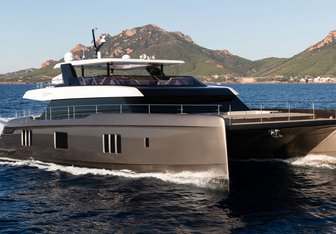Otoctone 80 yacht charter Sunreef Yachts Motor Yacht