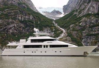 Serengeti yacht charter Westport Yachts Motor Yacht
