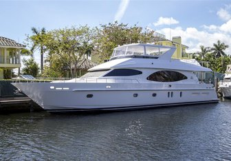 Irresistible yacht charter Monte Fino Motor Yacht