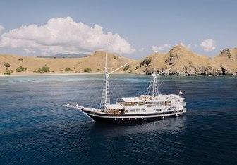 Aliikai Voyage Yacht Charter in Indonesia
