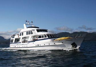 Caledonia yacht charter Bayaco Motor Yacht