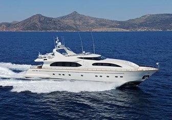 Gioe yacht charter Falcon Motor Yacht