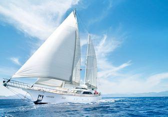 Alessandro yacht charter Ruth Yachting Motor/Sailer Yacht
