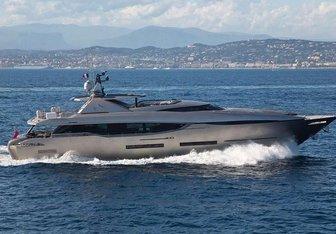 Fusion yacht charter Peri Yachts Motor Yacht
