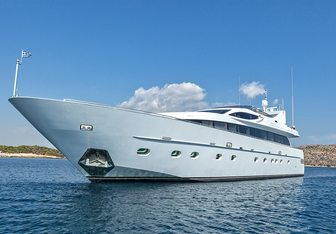 Tropicana charter yacht exterior designed by CNL - Cantieri Navali Lavagna