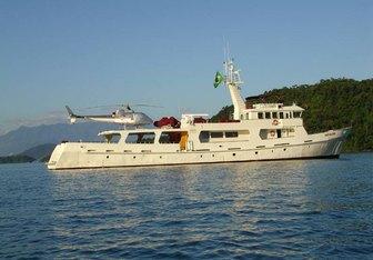 Deslize yacht charter Custom Motor Yacht