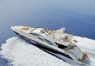 Crystal Yacht Charter in Malta