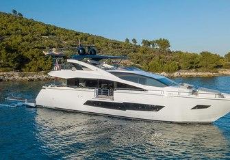 Hunky Dory Of London yacht charter Sunseeker Motor Yacht