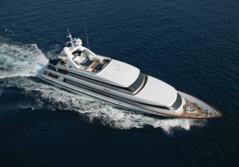 Va Bene yacht charter Euroship Cees Cornelissen Motor Yacht