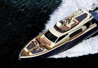 To Escape yacht charter Ferretti Yachts Motor Yacht