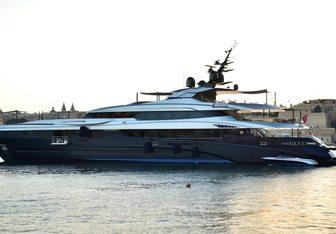 SaraStar yacht charter Mondo Marine Motor Yacht