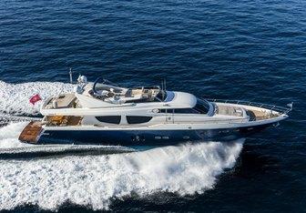 Mythos yacht charter Posillipo Motor Yacht