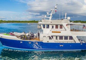 Kokomo yacht charter Rodriquez Yachts Motor Yacht