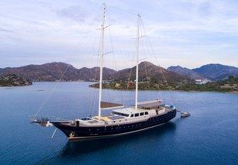 Nevra Queen Yacht Charter in Turkey
