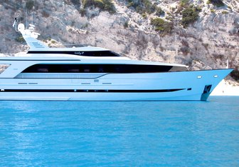 Lady Moh Yacht Charter in Crete