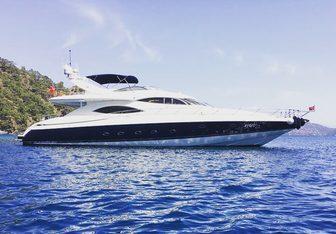 Vogue Yacht Charter in Crete