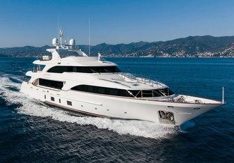 Dynar yacht charter Benetti Motor Yacht
