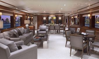 Pipe Dream yacht charter lifestyle