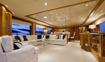 New Star yacht charter lifestyle