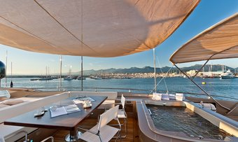 Five Waves yacht charter lifestyle