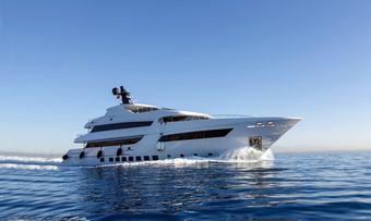 Bebe yacht charter Vos Marine Motor Yacht