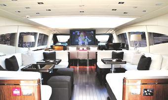 BO yacht charter lifestyle