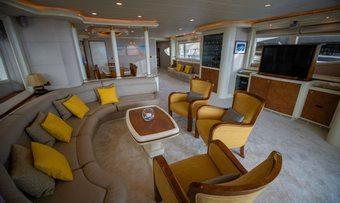 Mabruk III yacht charter lifestyle