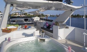 Ready II Play yacht charter lifestyle