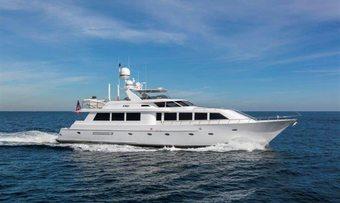 Cru yacht charter Westport Yachts Motor Yacht