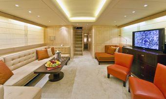 Mamba yacht charter lifestyle