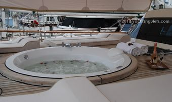 Blue Heaven yacht charter lifestyle