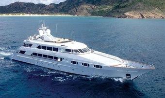 Attitude yacht charter Trinity Yachts Motor Yacht
