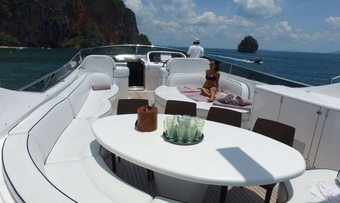Aveline yacht charter lifestyle