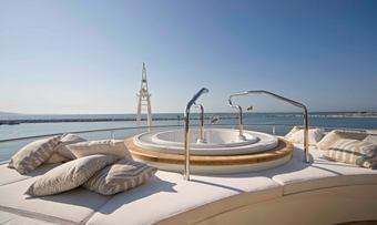 Light Holic yacht charter lifestyle