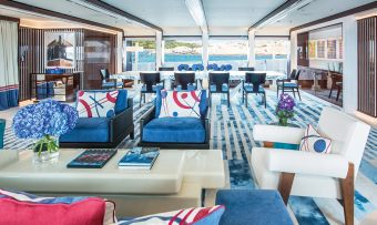 Madsummer yacht charter lifestyle