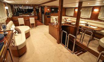 Aurum yacht charter lifestyle