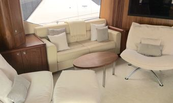 BLUEQUEST II yacht charter lifestyle