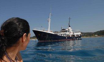 Drenec yacht charter Haarlemse Scheepsbouw Motor Yacht